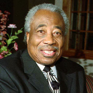 Ozell Sutton Obituary Photo