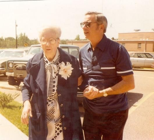 Earl holcombe obituary chalmette louisiana st bernard funeral home for St bernard memorial gardens obituaries