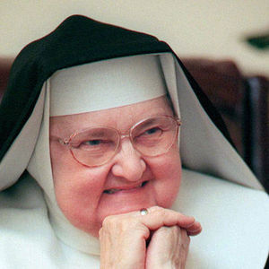 Mother Mary Angelica Obituary Photo