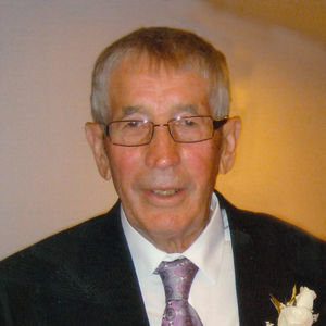 John J.  Jennissen Obituary Photo
