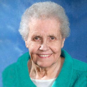 """Janet """"Jan"""" (nee Reining) Wolf Obituary Photo"""