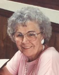 Julia Daniels Obituary Photo