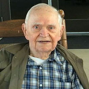 "Mr. Dee  ""Dick"" Wilson Obituary Photo"