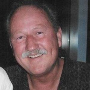 Robert   Michael  Oligher  Obituary Photo