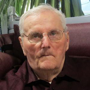 LeRoy B.  Hoppe Obituary Photo