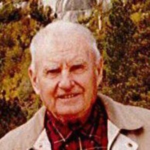 Professor Leonid E Dunduchenko Obituary Photo