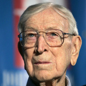 John Wooden Obituary Photo