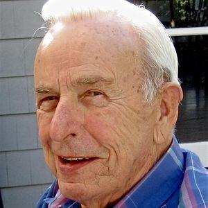 Gordon McLeod Obituary Photo