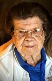 Sarah Evelyn Hall obituary photo