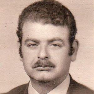 Loubar  Setrak  Lebaredian Obituary Photo
