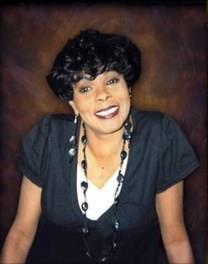 Juanita H. Fernandez obituary photo