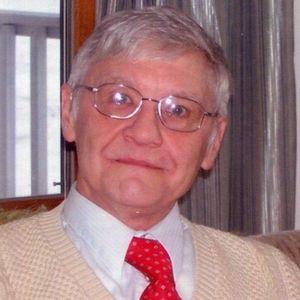 Robert E. Daignault