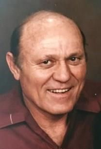William L. Mills obituary photo