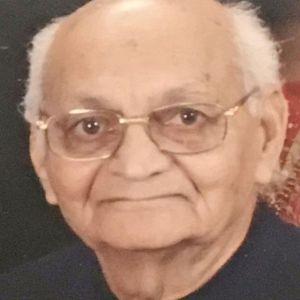 Nikhilchandra V. Shah Obituary Photo