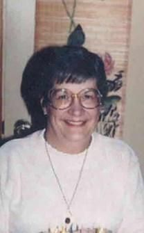 Jean LeAnn Strommen obituary photo
