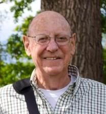 Eugene E. Racht obituary photo