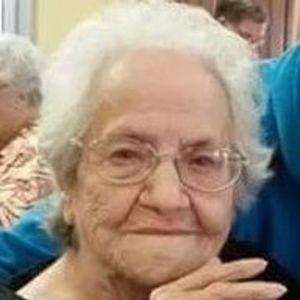 Nellie Lucille Hayes Obituary Photo