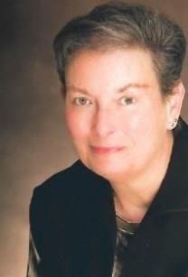 Dorothy Evelyn Gucker obituary photo
