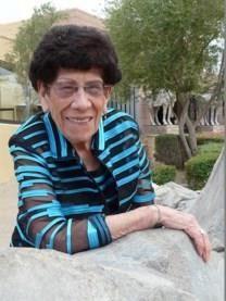 Lola De La Cruz obituary photo