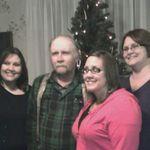 Dale and his girls, Any, Sara and Amanda