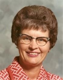 Evelyn Margaret Dawson obituary photo