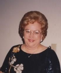 Janet Fried Hall obituary photo