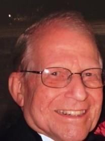 Herbert W. Fingerhut obituary photo