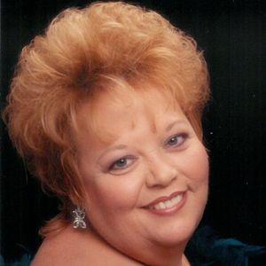 """Linda Sue """"Aunt Susie"""" Haas"""