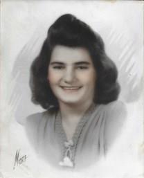 Elizabeth Minnie Dalton obituary photo