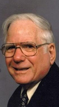 John Henderson Warlick obituary photo