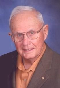 Joe William Mueller obituary photo