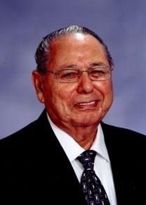 Luis Garza obituary photo