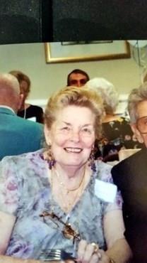 Lenora B. Tsacrios obituary photo
