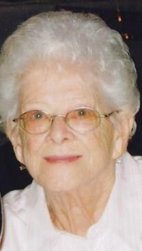 Naomi Bee Rine obituary photo
