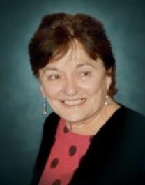Elma Jeanette Hueftle obituary photo