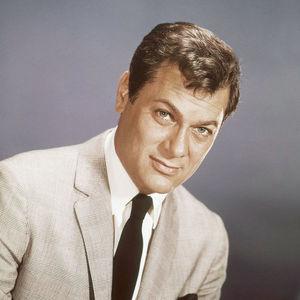 Tony Curtis Obituary Photo