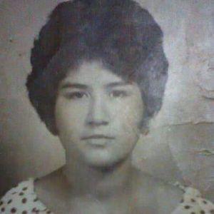 Maria Luisa Flores