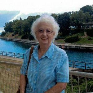 Lydia W Kraus