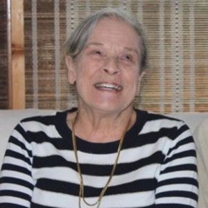SUSAN DAVIS Obituary Photo