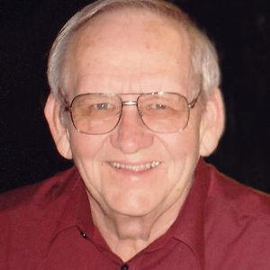 "Daniel M. ""Dan"" Welle Obituary Photo"