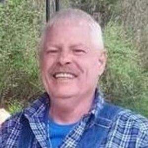 Michael  Wayne Lucas Obituary Photo