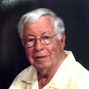 George E. Makris Obituary Photo