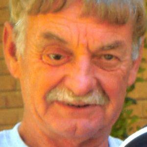 Lyle Wayne Reynolds Obituary Photo
