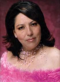 Consuelo V. Robles obituary photo
