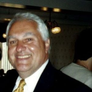 Robert J. Suchecki