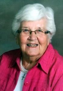 Dorothy M. Holum obituary photo