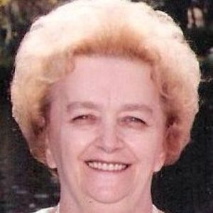 Pauline E. (Descoteaux) Bourassa Obituary Photo