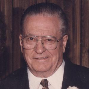 Earl R. Wiehoff Obituary Photo
