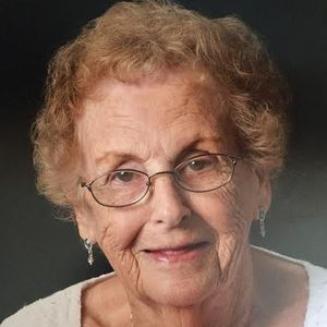 "Jane Elizabeth ""Ginny"" Tomlinson Obituary Photo"