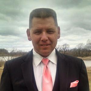 Wayne G. Revering Obituary Photo